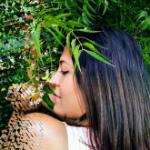 Blogger     Genesis Barrios - Locutora